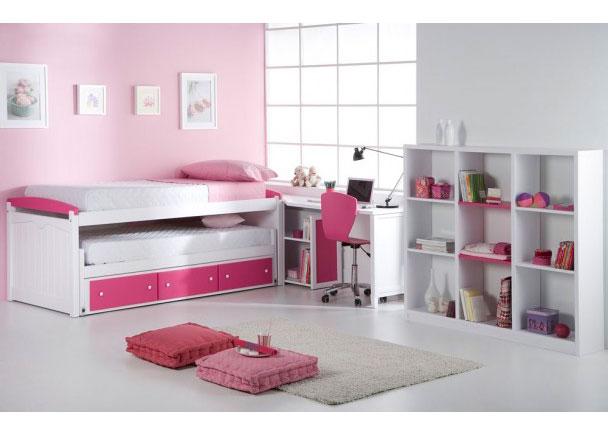 Habitación infantil fabricada en madera maciza y lacada en blanco y rosa. Incluye cama compacta, escritorio y estantería de 9 huecos