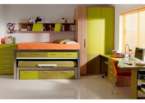 Juvenil con una cama alta, cama extraíble, y cajones, sinfornier de 6 cajones, estantería colgada, armarios y mesa de estudio forma con cajonera y