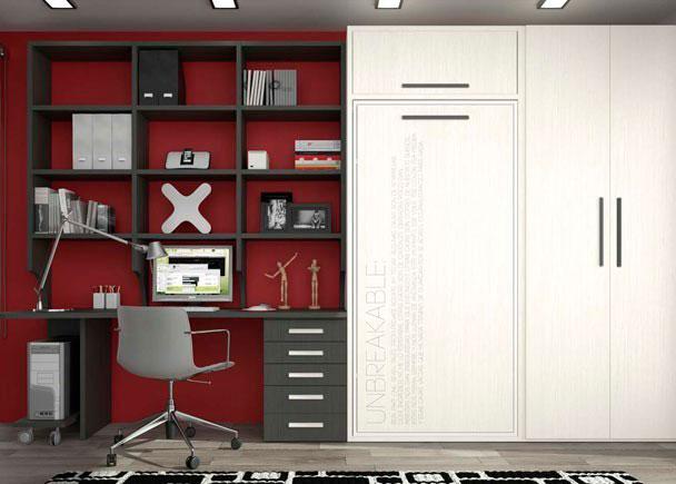 Dormitorio juvenil con cama abatible vertical, altillo, armario y amplia zona de estudio con estanterías ajustables. Texto personalizado grabado a l&aacu