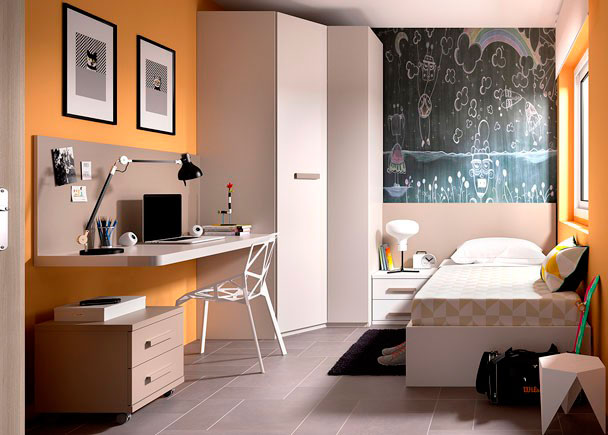 <p>Juvenil con cama arcón para colchón de 90 x 190 con tapa elevable + Armario rinconero + escritorio de sobre recto modelo UP con panel superior.</p>