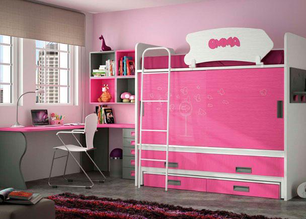 Habitación infantil compuesta por litera con armario y cama deslizante con cajones, mesa de estudio de rincón a medida con canto redondeado y bajo