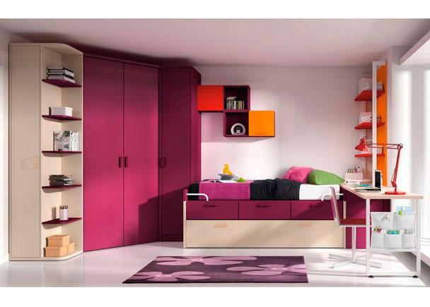 <p>Dormitorio juvenil con vestidor chaflán, cama nido con cajones, arcón lateral con escritorio de 240 cmts., terminal zapatero y módulos de colgar.</p>