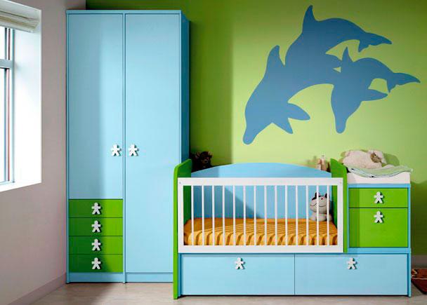 Dormitorio de bebé con armario 102.5x237x60 y cuna con cajones nido de 104x192.4 izquierda.