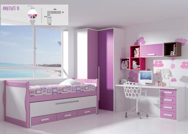 Habitación infantildecorada en tonos suaves.El equipamiento se ha realizado con una cama compacta de dos camas,modelo góndola. La cama