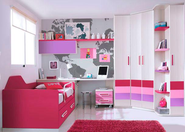 Dormitorio infantil con armario rincón-chaflán de 2 puertas decoradas con 5 paneles. Junto al mismo hemos colocado en uno de los lados, otro armar