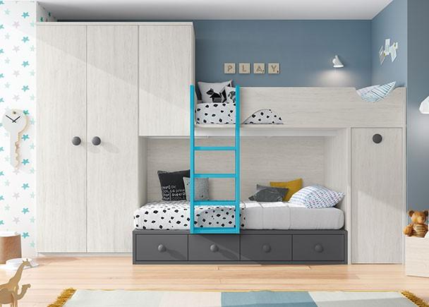 <p>Dormitorio infantil equipado con una litera alta apoyada sobre un m&oacute;dulo de armario block de puerta extraible. La cama inferior es un compacto de 4 cajones. El ambiente se completa con un armario recto de 2 puertas y un altillo puente de 1 puerta.</p>