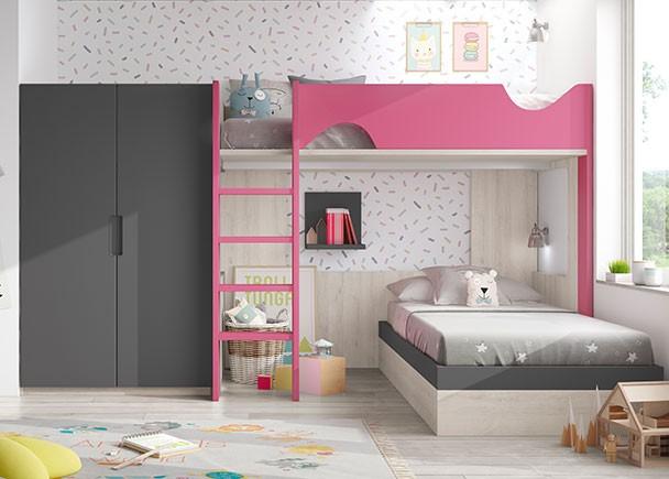 <p>Habitaci&oacute;n infantil con litera exenta y cama inferior de 90 x 190 con arc&oacute;n de tapa elevable de apertura lateral. Junto a la cama se ha colocado un armario de 2 puertas de la misma altura y fondo que la litera.</p>