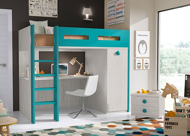 <p>Habitación infantil con litera exenta ideal para espacios reducidos. La litera cuenta con una zona de estudio en la parte inferior y un armario de una puerta de la misma profundidad que la cama. El ambiente se completa con una mesita de 2 cajones con ruedas.</p>