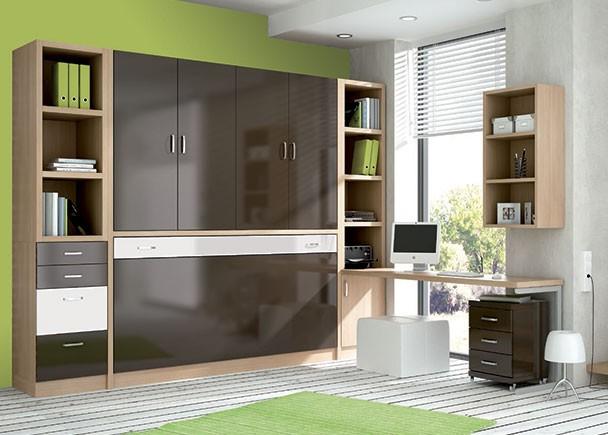 <p>Dormitorio juvenil con cama abatible horizontal en la parte inferior y un armario con 4 puertas batientes en la parte superior.</p>