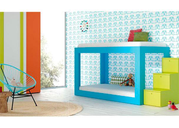Habitación infantil con Litera minimalista en la que diseño y funcionalidad van de la mano.