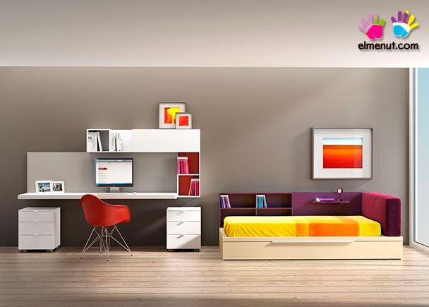 <p>Habitación juvenil equipada con una novedosa propuesta de muebles modulares en la que las combinaciones de color marcan un nuevo orden.<br /><br />Los elementos que aparecen en la presente imagen son los siguientes:<br />-Escritorio modelo LOGIC PANEL con panel superior. Medidas: 180 x 55 F<br />-Cama modelo PLAY para colchón de 190 x 90 con Cabecero Tapizado + Panel con Estante + Librería Baja-Respaldo y Base con arrastre nido<br />(no necesita somier superior).<br />Medidas: 220 x 120 F x 28 h (Base nido) x 75 h Total. <br />***NOTA***<br />La cama inferior adminte un colchón de 90 x 180 x 18 h máxima</p>