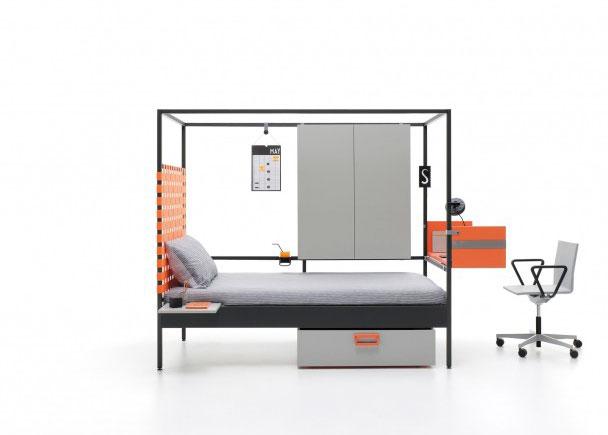 Cama Urban combinable, de estructura metalica para colchón de 90 x 200. Como complemento lleva, un contenedor vertical doble, un cabezal con cinchas el&a