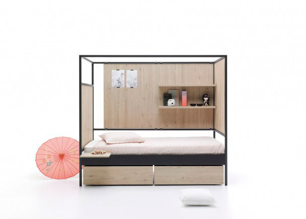 <p>Cama de estructura metalica de 90 x 200 de estilo contemporáneo. Como complemento lleva, un panel con estantes, dos cajones nido, un panel liso, cabezal laminado y una mesita removible.</p>