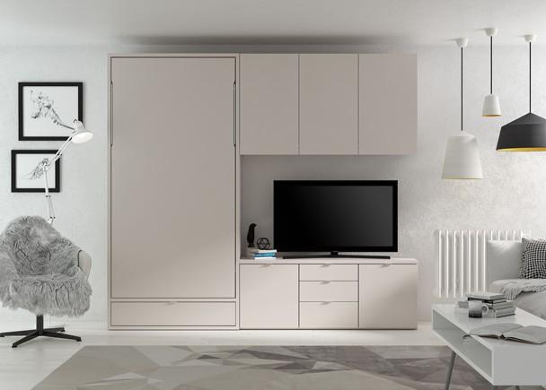 <p>Composici&oacute;n mural en sal&oacute;n, equipado con una cama abatible vertical de 90x190 con caj&oacute;n inferior. El ambiente se completa con una credencia baja de contenedores y un altillo de 3 puertas en la zona Tv.</p>