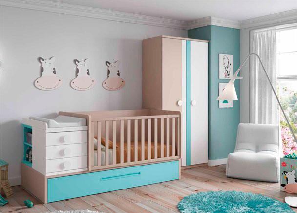 <p>Dormitorio de beb&eacute; con cuna convertible y armario de dos puertas largas de 104 x 218 h con frentes de diferente color y franja decorativa.</p>