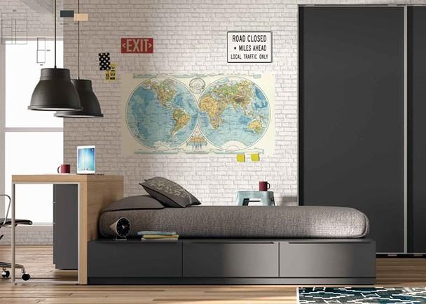 <p>Esta habitaci&oacute;n es ideal para edades m&aacute;s adultas. Dispone de dos espacios diferenciados, uno para estudiar y otro para descansar.</p>