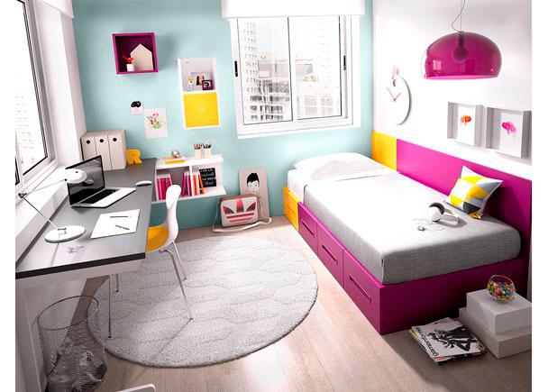 <p>Dormitorio&nbsp;Juvenil equipadoa base de elementos modulares y apilables.&nbsp;<br />Las cajoneras y la cama son extra&iacute;bles y de facil arrastre. Dispone de&nbsp;cama nido&nbsp;+ escritorio&nbsp;<br />Los elementos que integran la presente composici&oacute;n son los siguientes:&nbsp;<br />-Lateral met&aacute;lico izquierdo para apoyo de escritorio.<br />(Color Blanco)&nbsp;<br />-Sobre mesa estudio de 202 x 57 F x 3 cm de espesor.&nbsp;<br />-M&oacute;dulo colgante modelo OPEN de 3 Huecos (Horizontal). Medidas: 95,2 x 33 h x 26 F&nbsp;<br />-M&oacute;dulo colgante modelo OPEN de 2 Huecos (Vertical). Medidas: 33 x 64,1 h x 26 F&nbsp;<br />-Cubo colgante di&aacute;fano modelo OPEN. <br />Medidas: 33 x 33 x 26,8 F&nbsp;<br />-Puerta (angular) para m&oacute;dulo OPEN. <br />Medidas: 28,7 x 28,7 h x 24,5 F&nbsp;<br />-Caj&oacute;n Contenedor con Ruedas. <br />Medidas: 50 x 102,6 F x 30,2 h&nbsp;<br />Respaldo de 50 cm + otro de 150 cm de ancho x 85 h x 1,9 cm de espesor.&nbsp;</p>