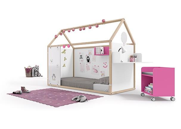 <p>Dormitorio infantil con cama en forma de casita, fabricada en madera de haya + complementos personalizables.ertura y el cierre de las camas. COLORES: BLANCO-FUCSIA-MORADO</p>