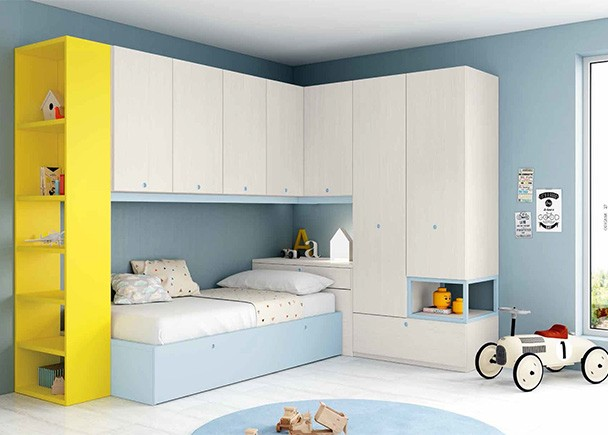 <p>Habitaci&oacute;n infantil con cama nido, armarios apilables y altillo de 4 puertas batientes con barra de refuerzo y terminal estanter&iacute;a.</p>