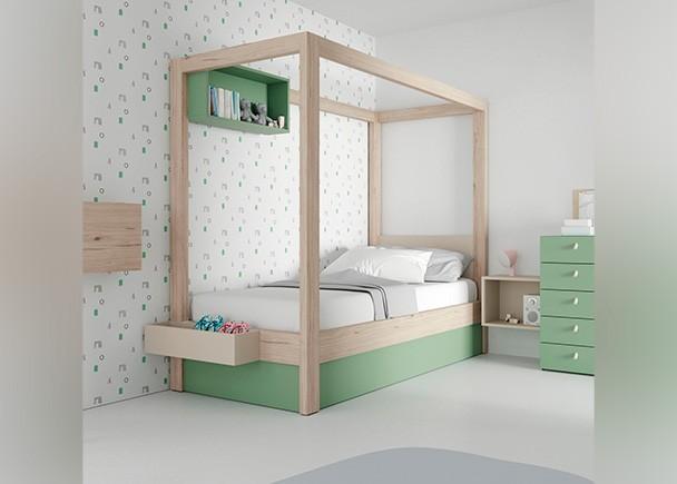 <p>Dormitorio infantil equipado con una cama con dosel, cuya base es una tapa elevable con somier de lamas. Este diseño ha sido pensado para las niñas se sientan como unas verdaderas princesas. El ambiente se completa con un sinfonier, un secreter y unos módulos de pared en diferentes formatos.</p>
