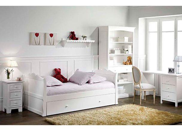 Dormitorio Juvenil lacado blanco con una cama nido para somier de 90 x 190 cm.