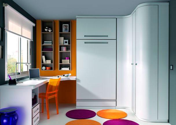 <p>Dormitorio juvenil con cama abatible y armario terminal de rinc&oacute;n curvo con estantes interiores.</p>