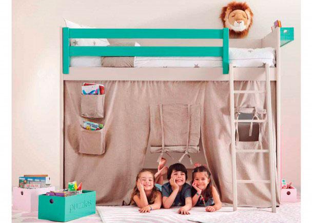 <p>Habitaci&oacute;n infantil fabricada en madera maciza y con acabado de laca texturizada personalizable en diferentes colores.&nbsp;</p>