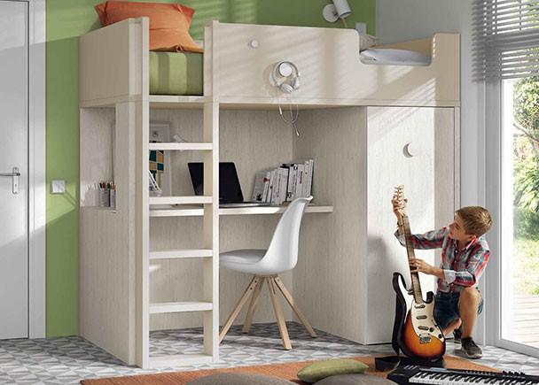 <p>Dormitorio infantil con litera exenta con escritorio y armario inferior. El sistema de carro-armario permite además gran capacidad de almacenaje y podrás acceder cómodamente a toda tu rupa.</p>