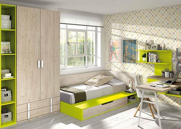 <p>Dormitorio juvenil con canapé de apertura vertical con hueco derecha y baúl izquierdo. La base de la cama viene de serie con somier de lamas. El ambiente cuenta además con armario, librería y zona de estudio.</p>