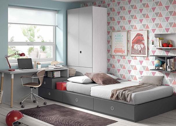 <p>Habitación juvenil con una cama compuesta a base de módulos. El ambiente cuenta con un armario apilable de puertas plegables con diseño especial para combinar con tableros de escritorio y parte inferior ciega perfectamente funcional.</p>