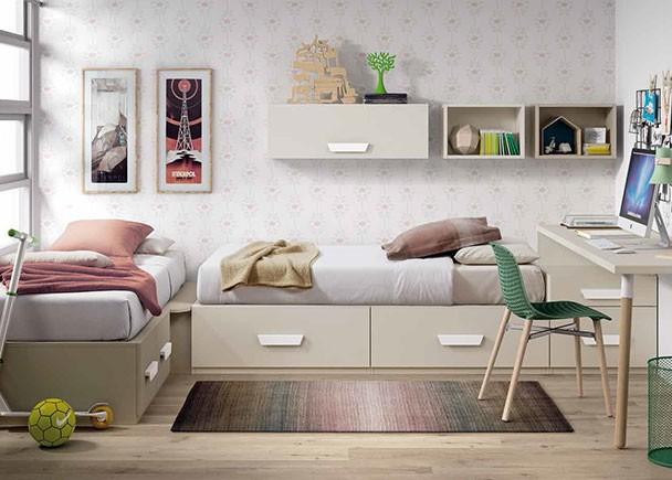 Habitación infantil con dos camas compuestas a base de elementos modulares con cajones. El ambiente cuenta con un escritorio de sobre recto y una composi