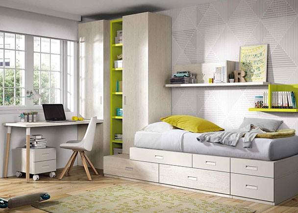 Dormitorio juvenil con una cama compuesta a base de módulos base y apilables. El dormitorio cuenta con dos armarios, uno apilable y otro especial para co
