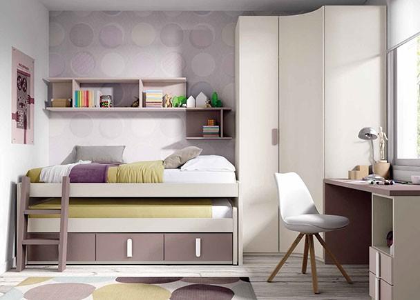 <p>Habitación infantil con cama compacta de dos camas, con escalerilla de acceso. Junto a la cama se ha colocado un armario rinconero con una puerta recta y otra curva concava. A partir del costado exterior del armario se sitúa la zona de estudio.</p>