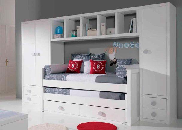 La composición de la imagen corresponde a una cama compacta perteneciente a la serie SEVEN.