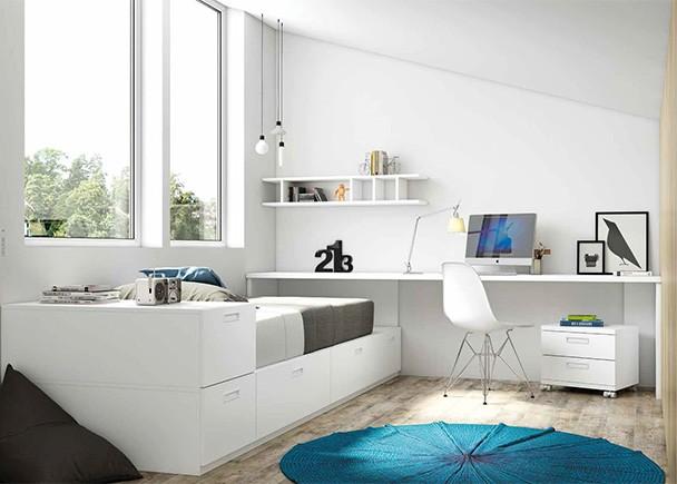 <p>Dormitorio juvenil equipado a base de m&oacute;dulos de gran capacidad de almacenamiento de diferentes anchos, junto con una amplia zona de estudio.</p>
