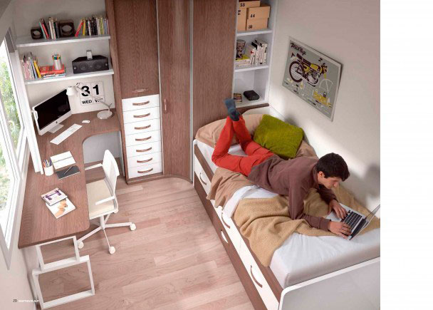 <p>Dormitorio juvenil con amplia armariada, constituída por un modelo sinfonier (puede ser dcho. o izdo.)<br />Medidas armario: 235 h x 90 x 190<br />La cama es un compacto con 3 cajones superiores + somier de arrastre con 2 brazos<br />Como escritorio hemos elegido una mesa en L, con esquina del lado corto rematado en curva.<br />Medidas: 145 a 285 x de 90 a 145<br />Esta mesa se apoya sobre una pata cuadrada + un soporte de45 x 20 x 75<br />Como complemento, hemos colocado unos estantes de pared de 100 cm, con soporte de pelícanos</p> <p></p> <p><br /></p>