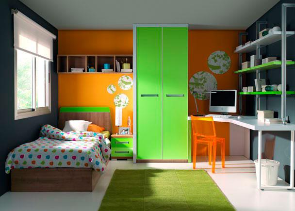 <p>Dormitorio con cama para colch&oacute;n de 90 x 190 cm. y armario de 2 puertas, en su interior incluye altillo y barra de colgar.</p>