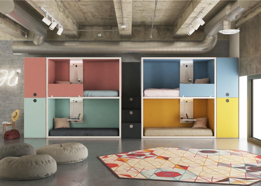 <p>Habitaci&oacute;n infantil compartida con 4 camas. El equipamiento se ha realizado con 2 literas rasosuelo y escalera central de cajones para acceder a las camas superiores. El ambiente se completa con dos armarios de puertas bitono.</p>