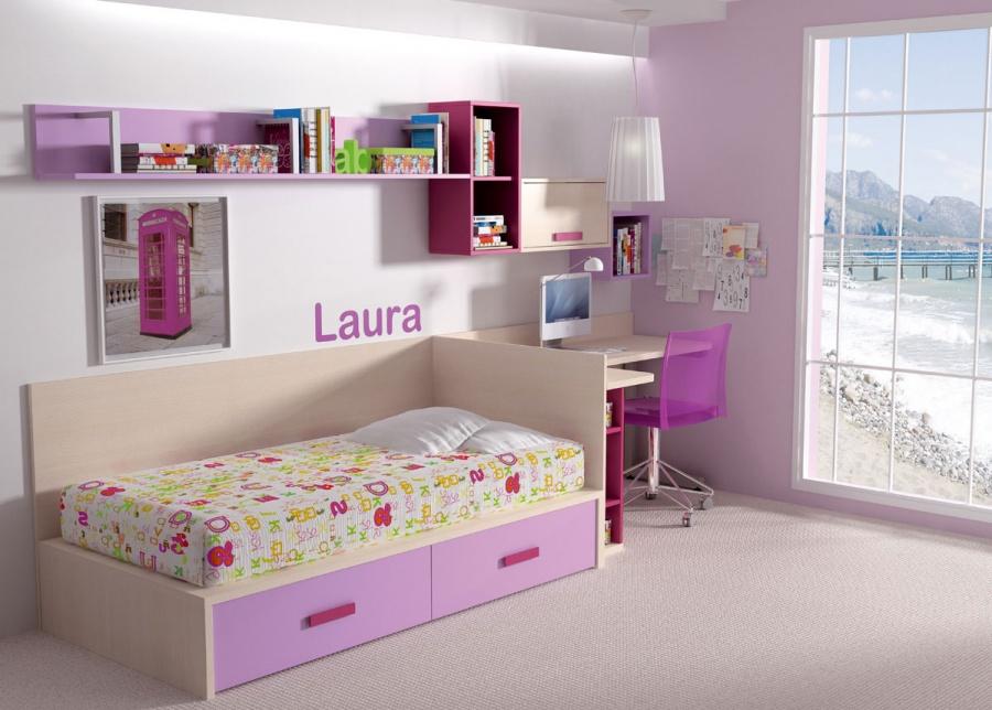 <p>Dormitorio infantil de línea minimalista, amueblado con cama nido con base de tablero para colchón de 90 x 190, que dispone de dos baúles contenedores en la parte inferior.<br />La cama se ha enriqueciedo con un respaldo en L que además de embellecerla, evita el contacto directo con la pared.<br />La altura del mismo, permite que el costado haga las veces de separador de ambientes, pues aísla ópticamente la zona de descanso de la zona de estudio, al tiempo que nos ha permitido optar por un escritorio angular, aumentando así la superficie de trabajo disponible.<br />En la pared, se ha realizado una composición mural, combinando un módulo diáfano vertical, un módulo horizontal con puerta elevable y una estanteria de pared diáfana.<br /></p>