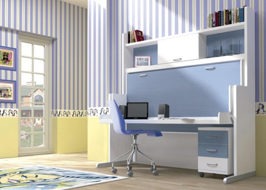 <p>Habitaci&oacute;n infantil con cama mesa de 90 x 190 x 238,5 h.<br />Este modelo presenta los costados con forma decreciente.<br />Debajo de la mesa de este mueble compacto, se ha situado una mesilla con ruedas de 3 cajones, de 40 x 40&nbsp;</p>