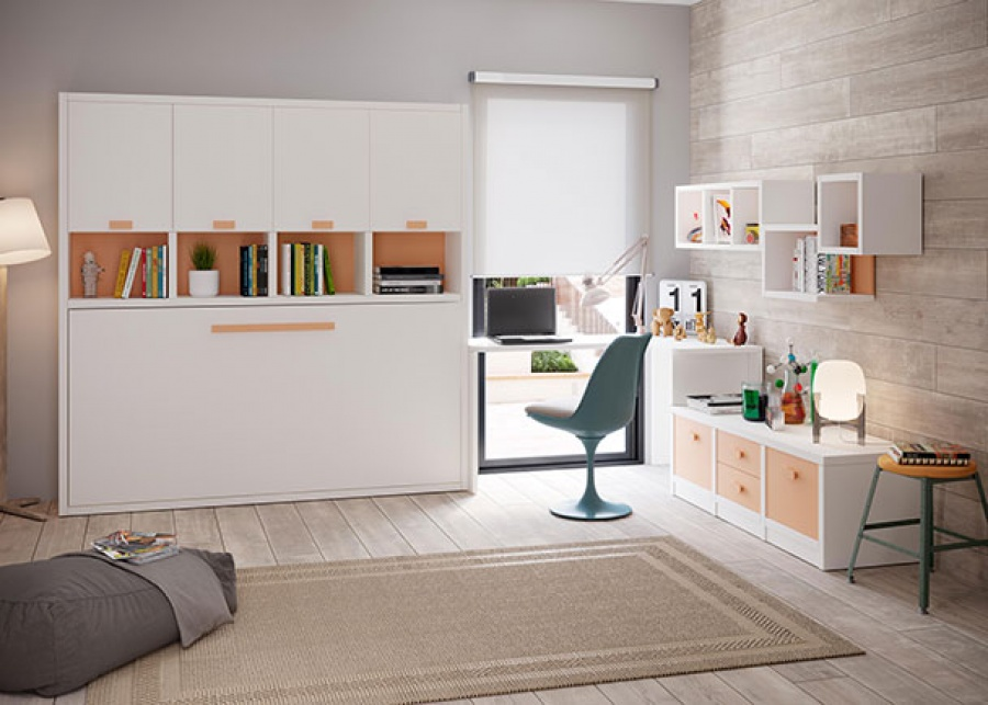 <p>Dormitorio infantil con cama abatible en horizontal, dispone de espacio de almacenamiento superior, además de una zona de estudio con escritorio y un modulo bajo con cajones.</p>