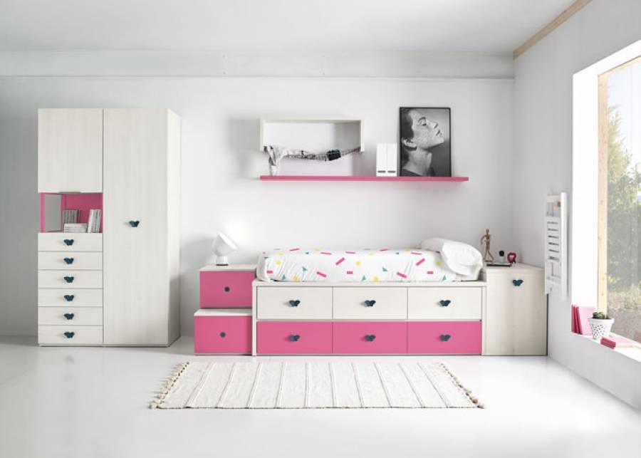 <p>Dormitorio infantil con compacto de 6 contenedores. En la cabecera de la cama se ha colocado un arc&oacute;n de frontal extraible, y&nbsp; a los pies una pr&aacute;ctica escalera de 2 pelda&ntilde;os contenedores que facilita el acceso. El ambiente se completa con dos armarios; uno de una puerta y otro de 1 puerta alta con hueco y sinfonier de 6 cajones vistos.</p>