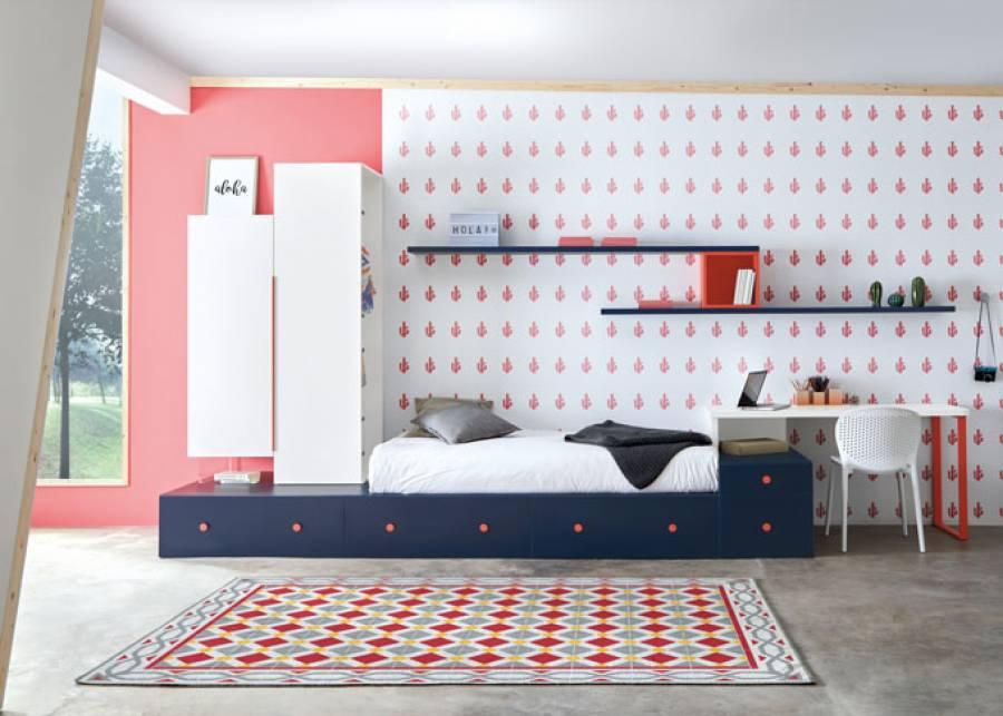<p>Dormitorio juvenil de l&iacute;nea modular, cuya cama est&aacute; conformada a base de cajones base y apilables. El ambiente cuenta con zona de estudio y servicio armarios. <br /><br /></p>