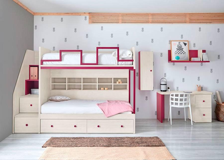 <p>Habitaci&oacute;n infantil con litera de dos camas con escalera integrada. Este modelo est&aacute; disponible con base de cajones o con somier de arrastre para una tercera cama con arrastre nido.</p>