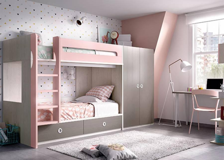 """<p>Habitaci&oacute;n juvenil equipada con litera de dos camas, con base de dos cajones deslizantes, armario de 2 puertas enrasado en altura con la estructura de la cama.</p> <p>Completando la habitaci&oacute;n una mesa de estudio, con estanter&iacute;as dispuestas en """"L"""".</p>"""