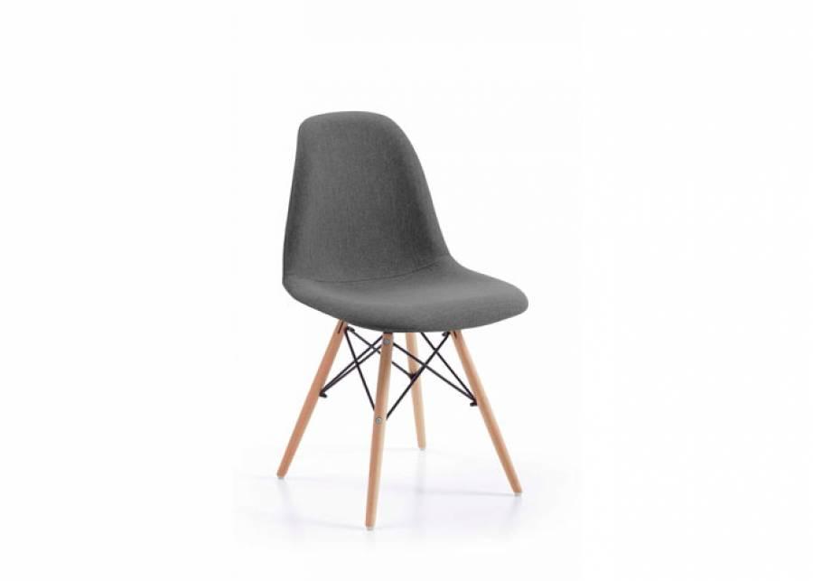 Distingue tu hogar con esta silla de plena tendencia. Te proponemos una silla para comedor o zona de estudio de estilo nórdico, con estructura y asiento