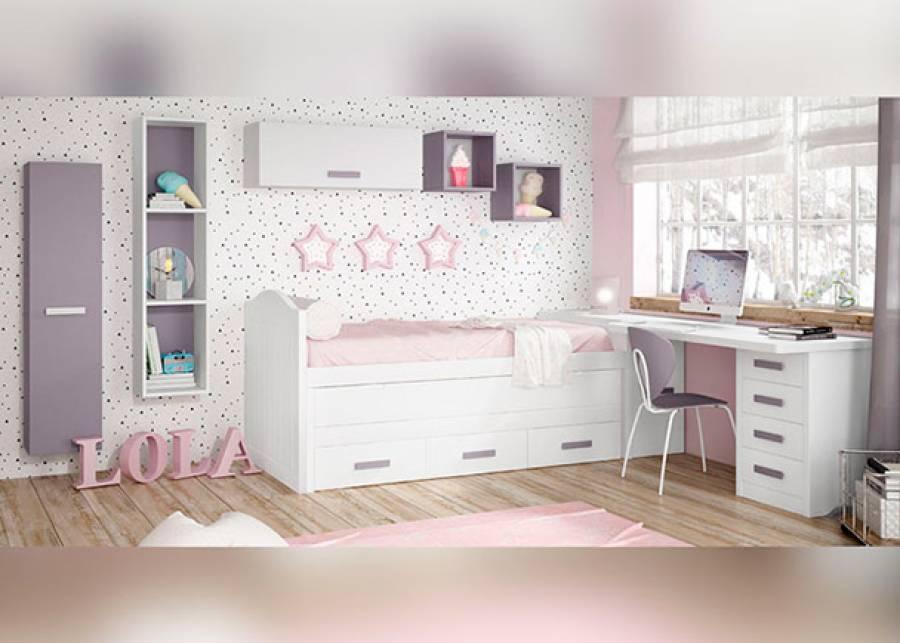 Bonita habitación infantil amueblada con una cama compacta de inspiración colonial con y cómodo escritorio sobre base arcón de puert