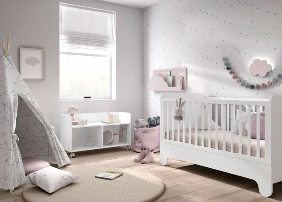 Dormitorio para bebé, equipado con una cuna para colchón de 140 x 60 convertible en mini-camita de transición. Este modelo se fabrica &uacu