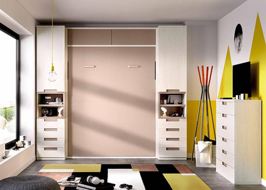 Habitación de matrimonio con cama abatible vertical de 135 x 190 Composición simétrica con armarios laterales con hueco central y cajones,