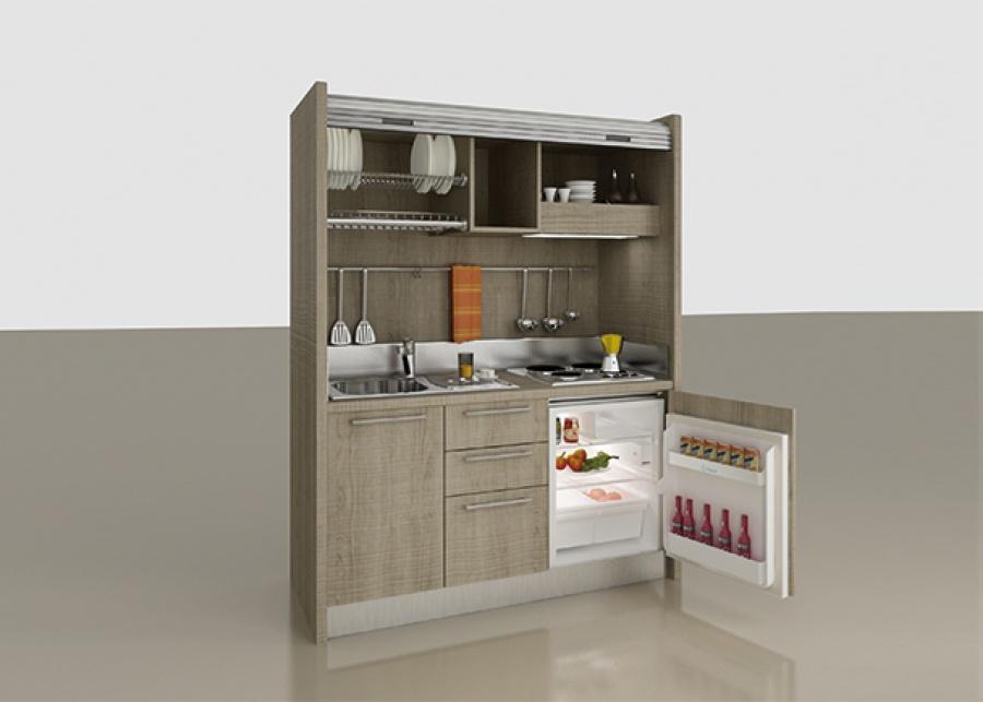 """<h2 style=""""text-align: justify;"""">&iexcl;La minicocina m&aacute;s completa!&nbsp;</h2> <p style=""""text-align: justify;"""">En los espacios peque&ntilde;os tambi&eacute;n hay espacio para una completa cocina. Con esta completa soluci&oacute;n tendr&aacute;s todo lo que una cocina convencional te puede ofrecer:<strong> fogones, frigor&iacute;fico de 102 litros de capacidad, fregadero con lavado y escurridor de platos, cajones y armarios.&nbsp;</strong></p> <p style=""""text-align: justify;"""">Colocala donde quieras, y cuando no la estes usando... <strong>&iexcl;persiana abajo!</strong> Nadie sabr&aacute; que ah&iacute; se esconde una cocina.&nbsp;</p>"""